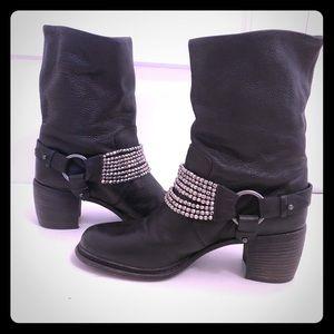 Vera Wang Black Leather Moto boot